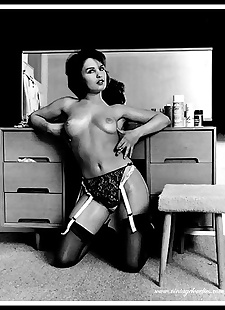 sex images Vintage big boobs babes show off sexy, big tits , stockings  vintage