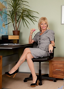 sex images Hot older businesswoman Cathy Oakely, stockings , shaved